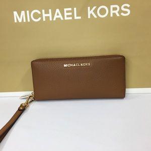 Michael Kors Acorn Pebble Leather Wallet